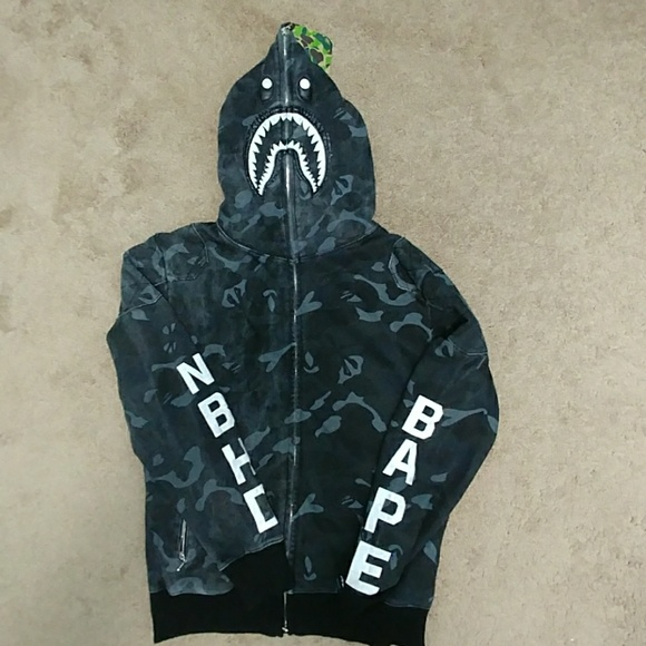 d14188518116 Bape XL neighborhood shark hoodie